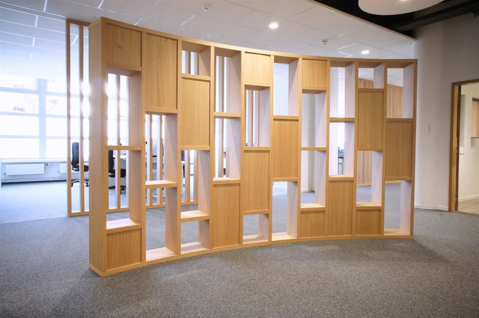 Bibliothèque en chêne.jpg