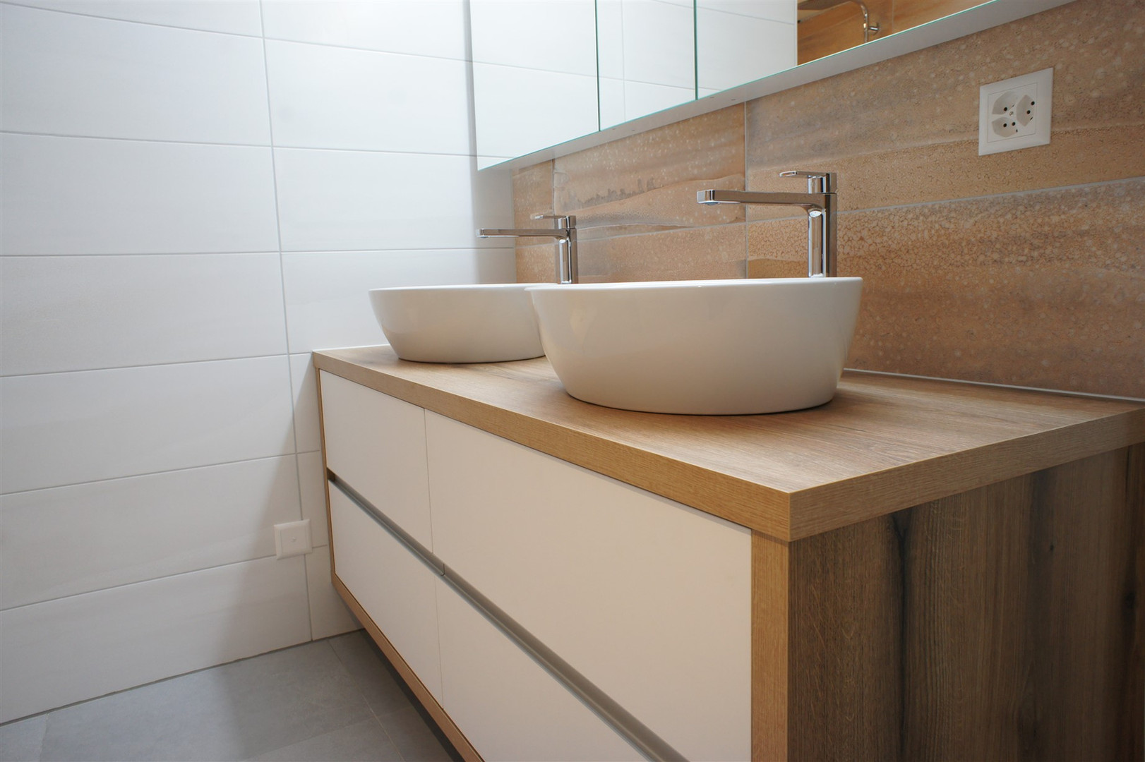 Meuble-salle-de-bain.jpg