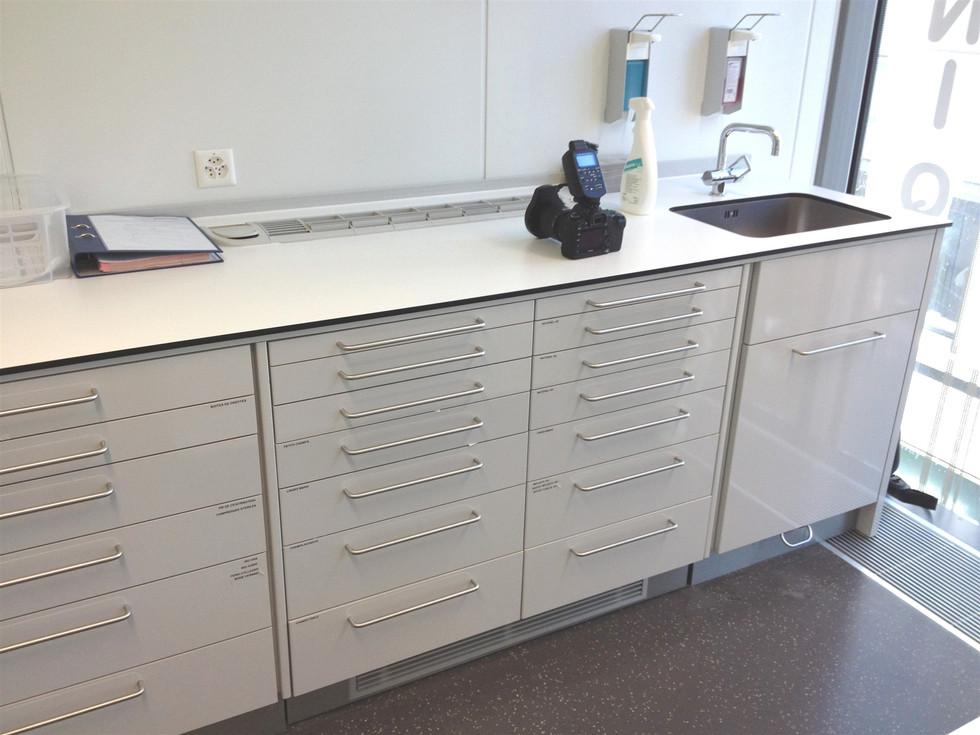 meuble pour cabinet.jpg