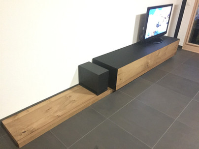 meuble TV chêne et verre noir