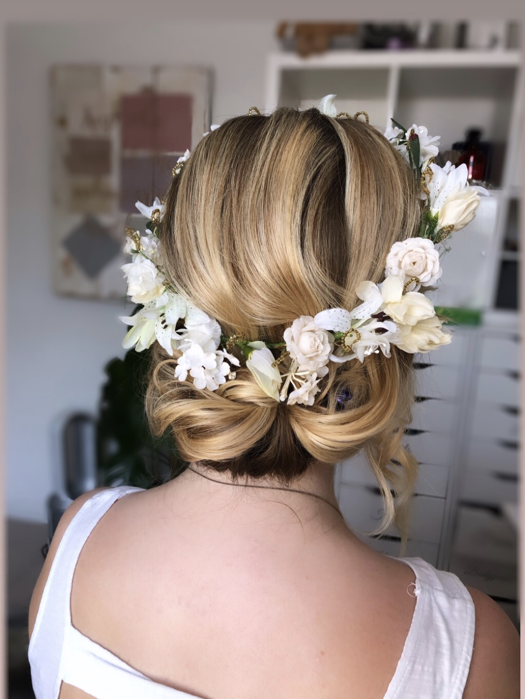 WEDDING HAIR STYLIST LONDON