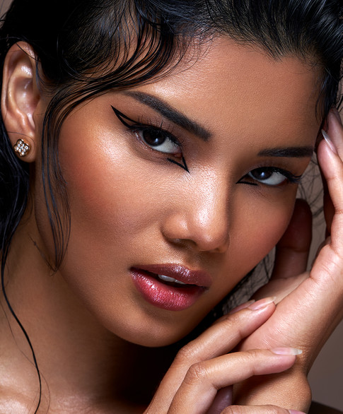 PROFESSIONAL BEAUTY MAKEUP ARTIST IN LODNON