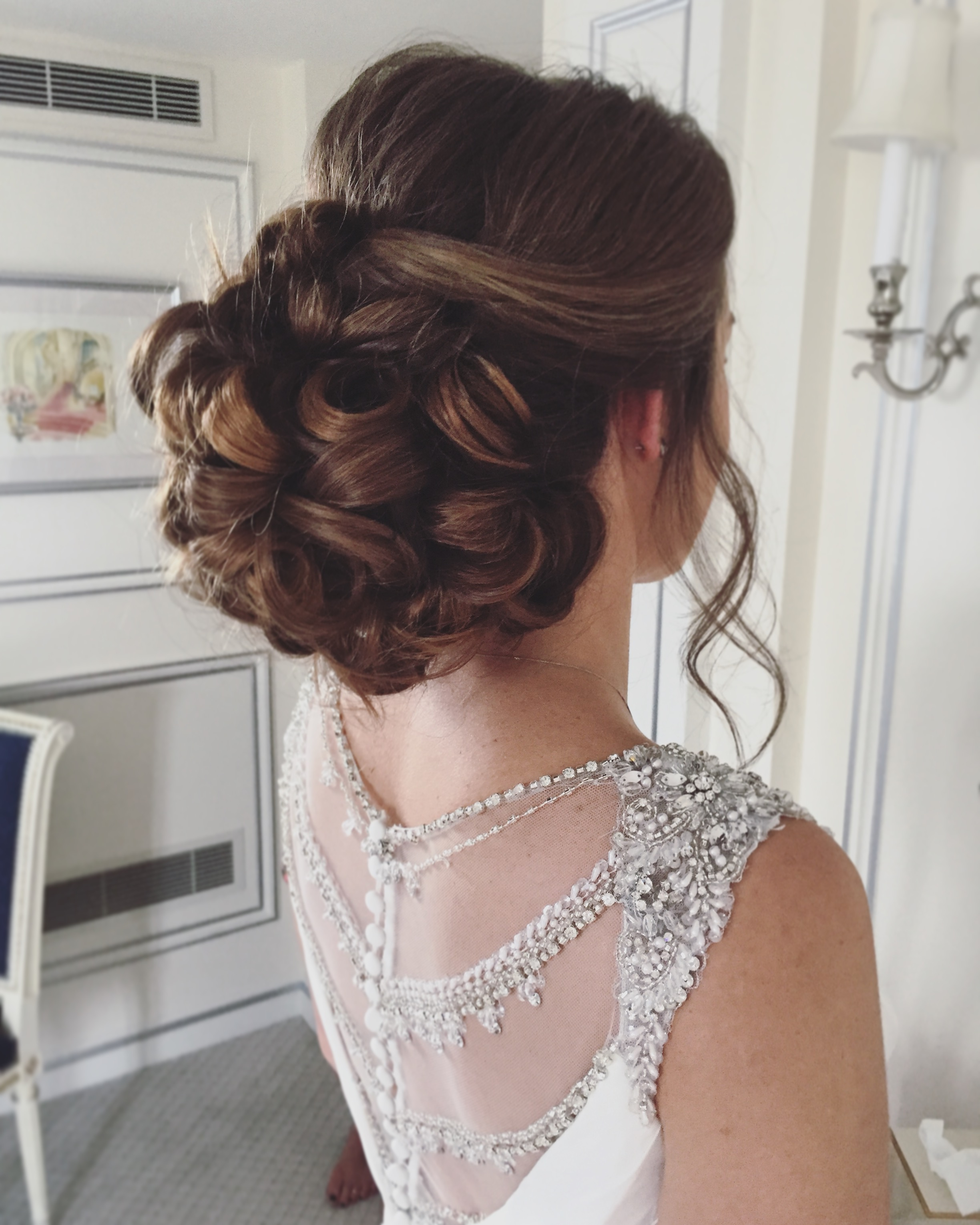 BRIDALHAIR STYLIST