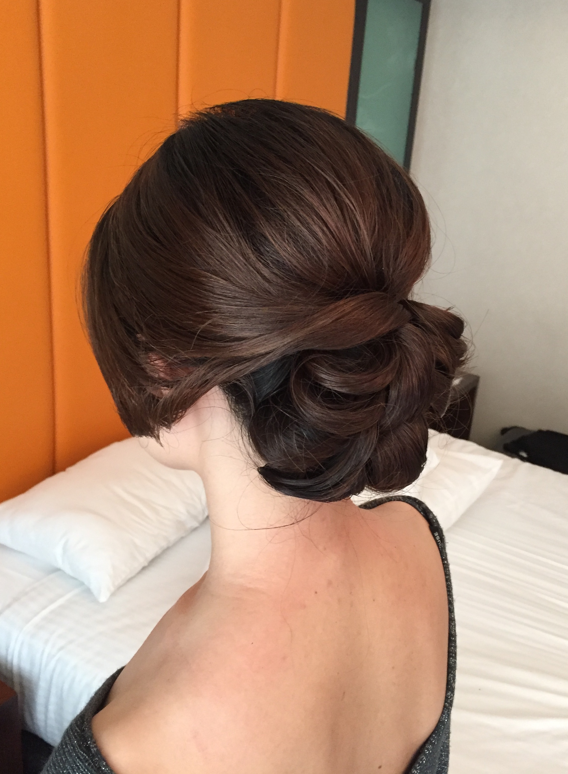 BRIDAL HAIRSTYLIST, WEDDING UPDO