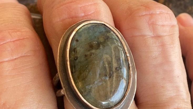 Amazing Labradorite Ring