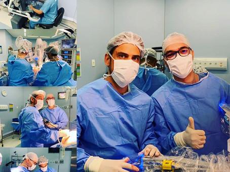 Cirurgia com robótica : Tratamento do câncer de rim e próstata