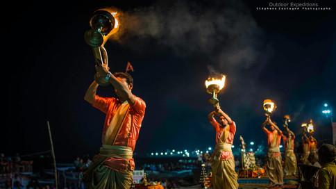 Ārtī.  Varanasi, Inde