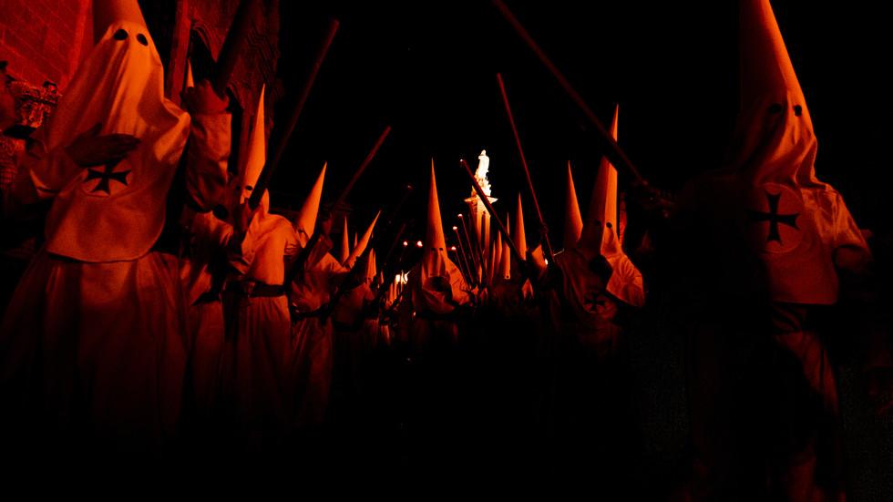[MARC 1:15 | La Pénitence] Cortège des pénitents. Seville, Espagne