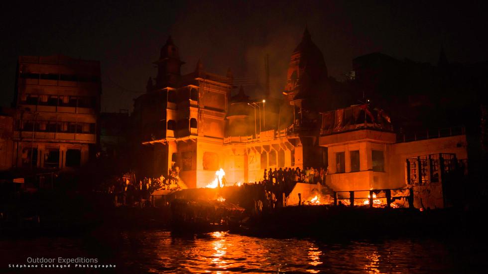Crémations. Varanasi, Inde