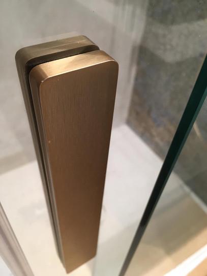 bronce cepillado