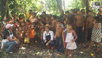 Organizaciones sociales llevaron sonrisas a niños waraos víctimas del sarampión