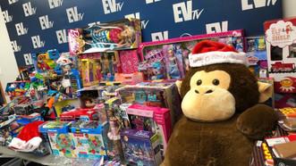 EVTV hizo entrega de 350 juguetes para niños de la Diáspora Venezolana