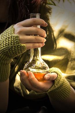 potion-3539394_1920.jpg