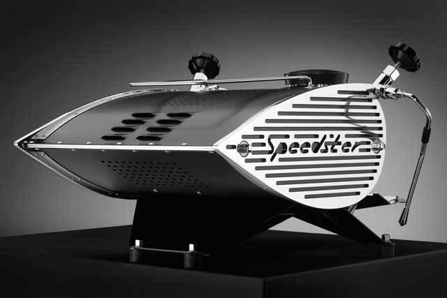 Speedster back in Crackle black