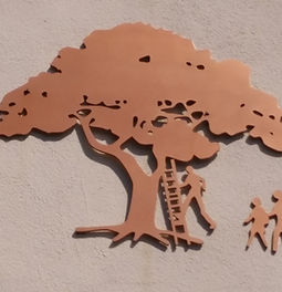 Photo of Tree - Cropped.jpg