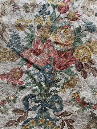 MID 19TH C. FLORAL PATTERNED CURTAINS