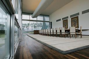 Palacio_da_Alvorada_Banquet_Hall.jpg