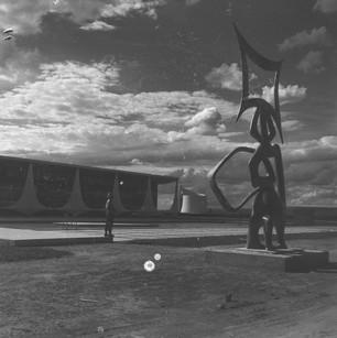 Obras_de_construção_de_Brasília_-_Paláci