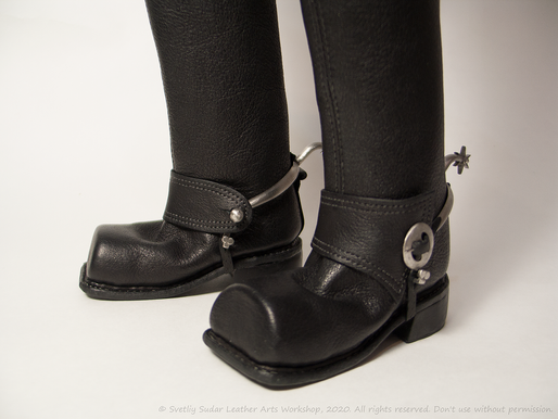 18th-century leather boots (replica)…for a bjd doll