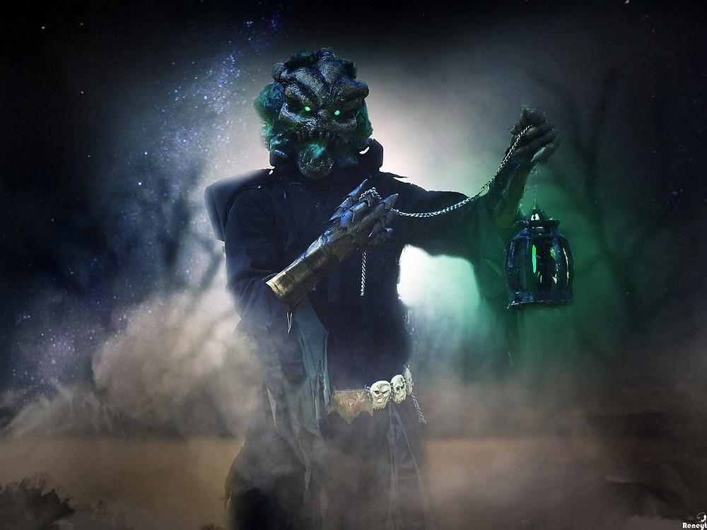cosplay___thresh__the_chain_warden__by_svetliy_sudar-d80a6x0