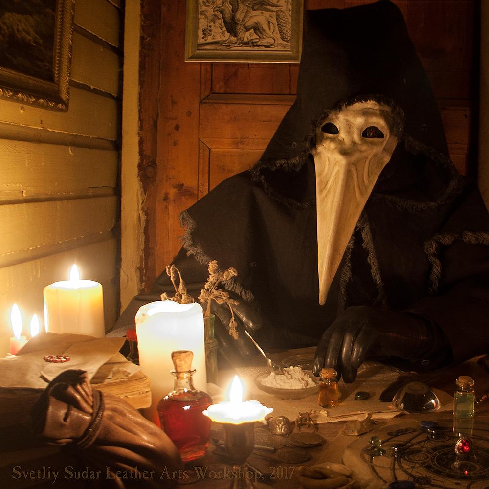 leather_mask___the_plague_raven_by_svetliy_sudar-db4rteg