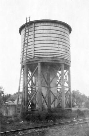 Dekalb water tank.jpg