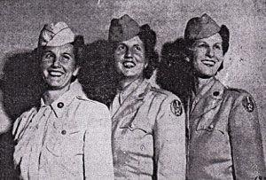 women-soldiers.jpg