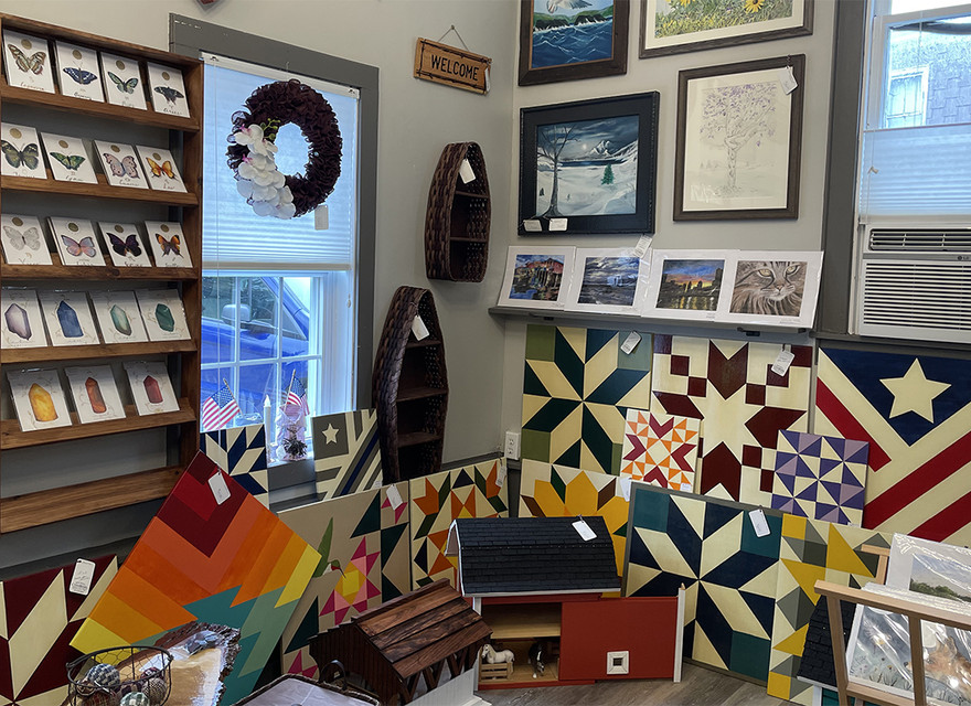 Barn Quilts & other signage