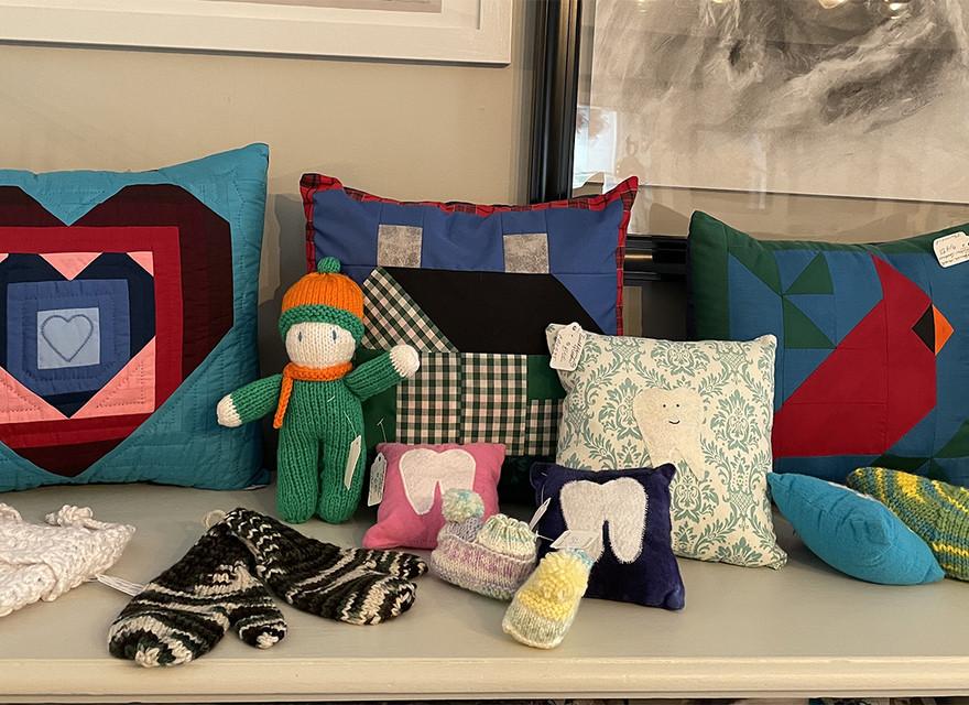 So many pillows...