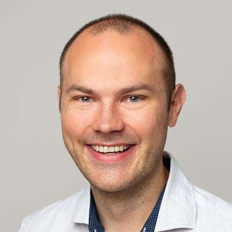 Matthias Hochformat.jpg