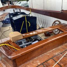 Jolly Boat interior