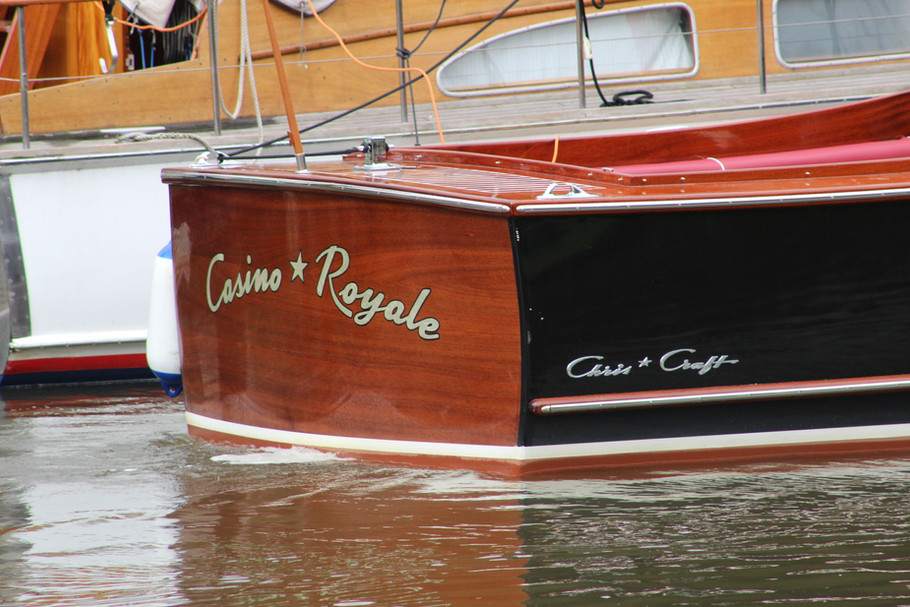 CASINO32.JPG