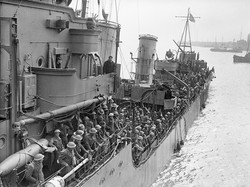 1024px-Troops_evacuated_from_Dunkirk_on_