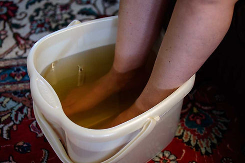 foot soak bucket.jpg