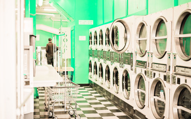 LAUNDROMAT, SF CALIFORNIA