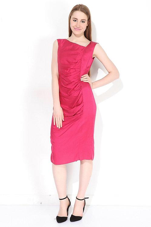 Kırmızı İpek Elbise