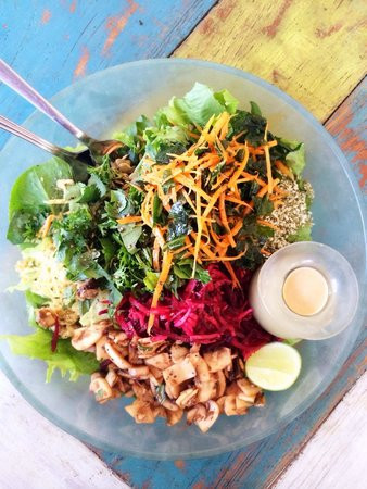 salad-bar-hoisin-sauce.jpg