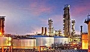 Oil_refiniary_.jpg