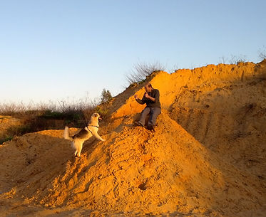 סונטו וגיא, כלב ואדם ברגע תקשורתי