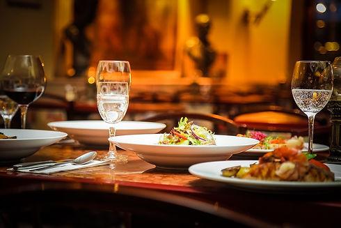 restaurant-939435_960_720.jpg