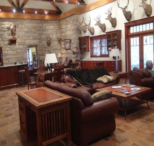 where can I plan a corporate retreat with hunting