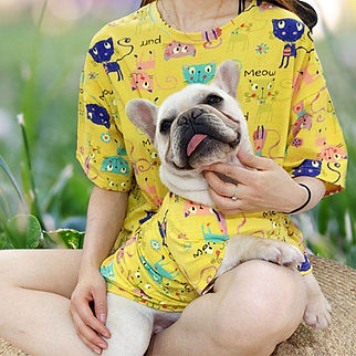 dogs and owner matching t shirts.jpg