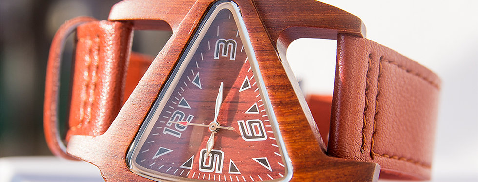 UD Personalized/Engraved Unisex Triangle Wood Watch With Genuine Leather Band