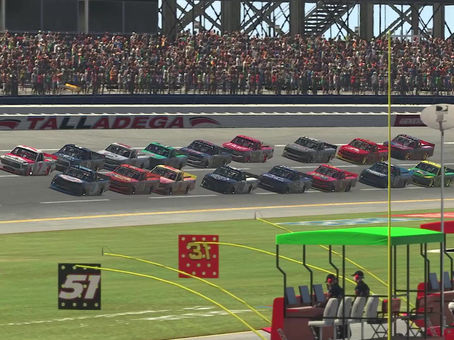 Re-live the Wild Finish of the 4WRS Trucks at Talladega!