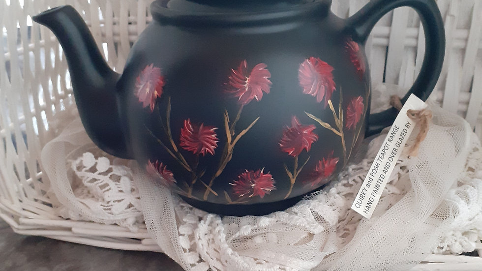 Hand painted 4 cup teapot £28 inc.p&p