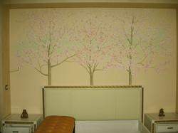 роспись в спальне частного дома