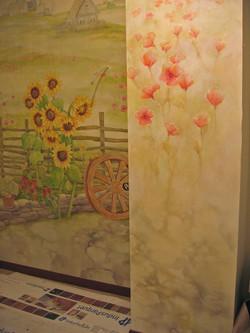 роспись стены и колонны. Акрил
