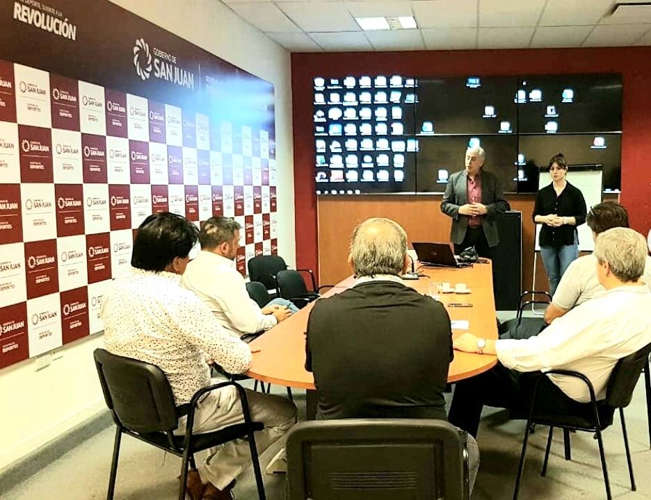 Oratoria & Comunicación - Ministerio de Deportes de San Juan