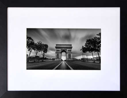 L'Arc de Triomphe (City into the Darkness)