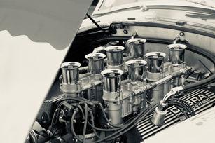 V8 - AC Cobra